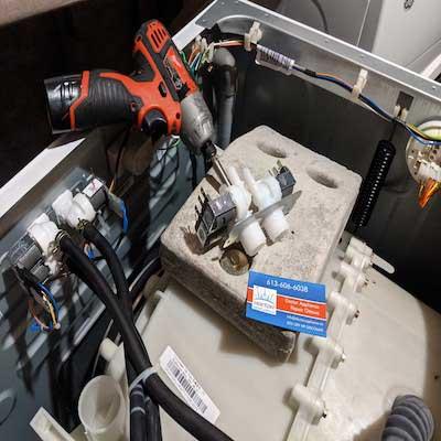 washer repair technicial ottawa 1 - Ottawa Washer Repair